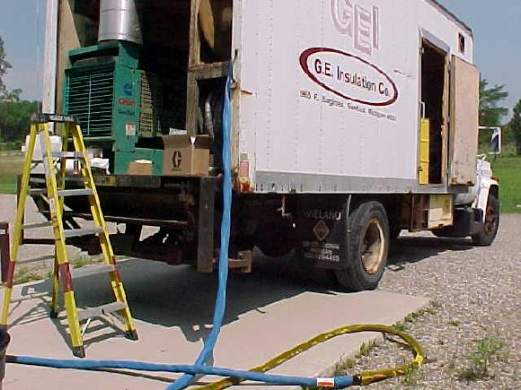 North American Processing installed Graco Gusmer H25 proportioner unit in mobile sprayfoam rig unit